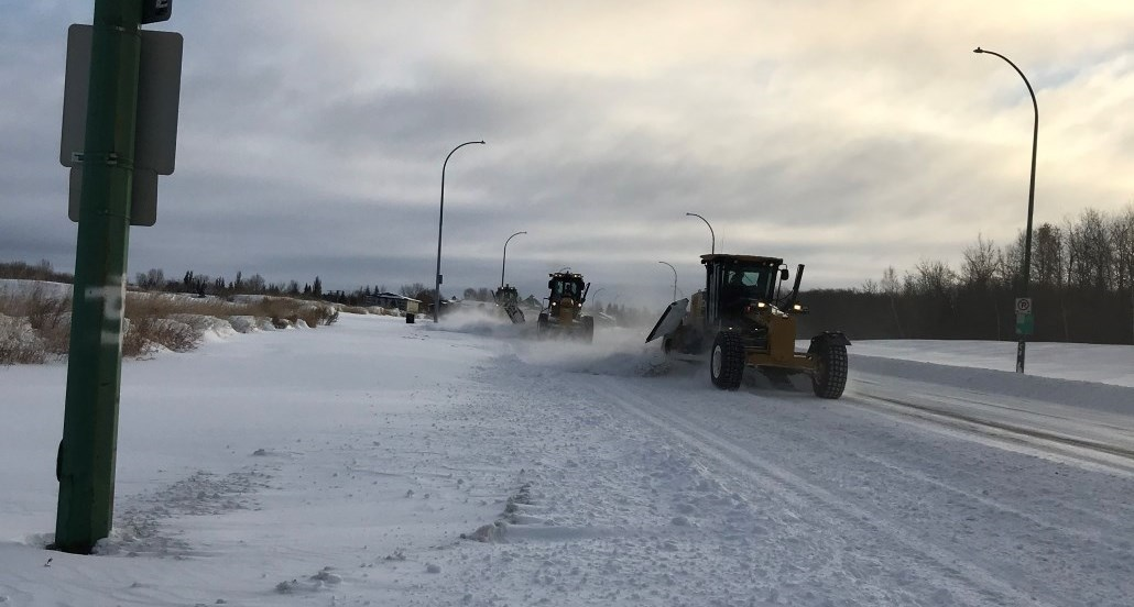 crews out clearing snow Nov 9