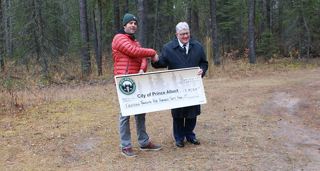 Pine Needle Bike Festival cheque presentation